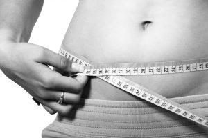 Gewichtskontrollen-Zwang Waage Sucht